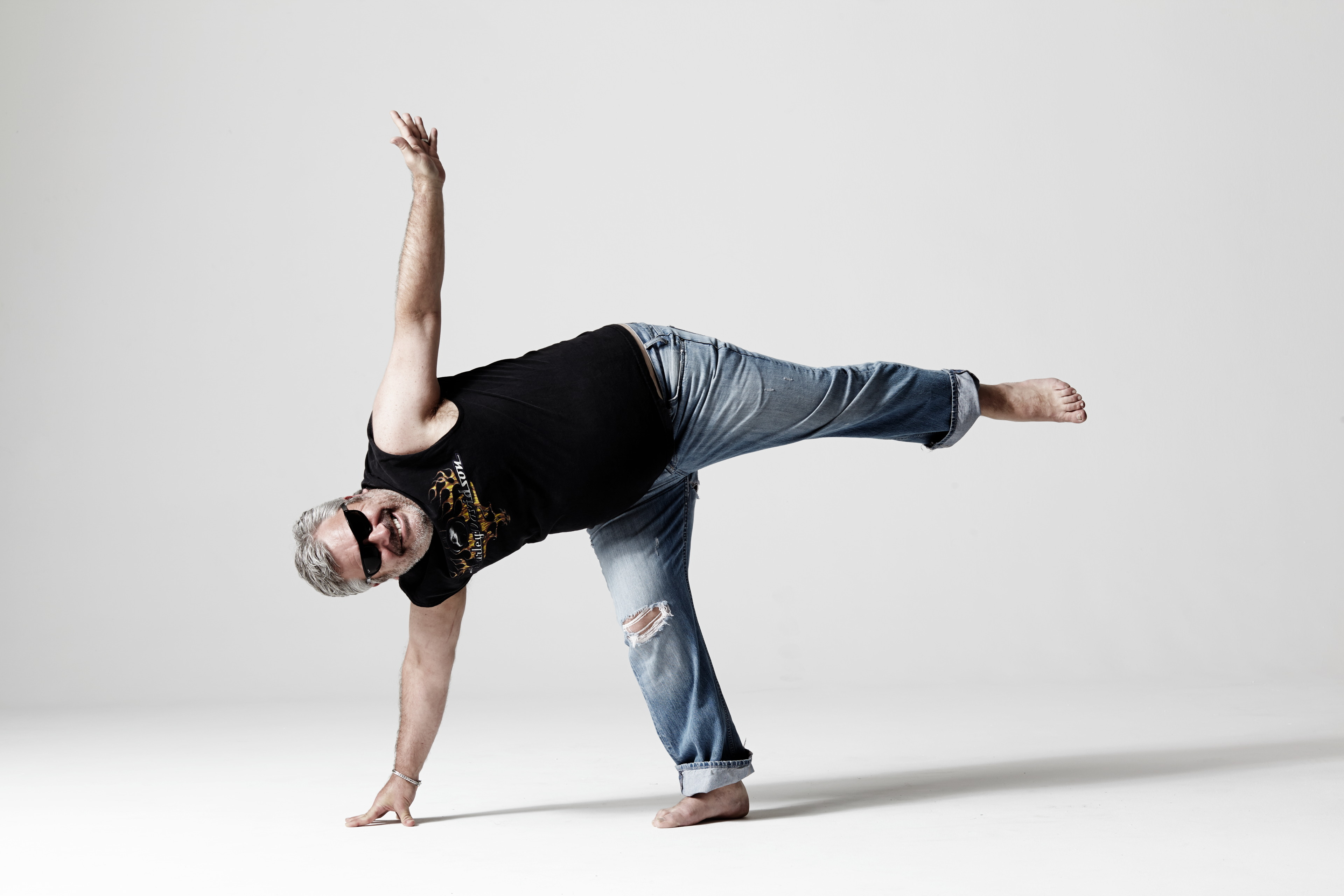 Tips For Yoga Beginners To Overcome First Class Nerves